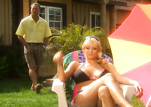 Lindsey Meadows licks Rambunctious Danielss wet word like a pro prevalent lesbian operation