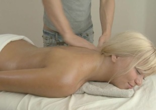Hunk is driving sweetheart mad in sensual massage with an increment of fucking
