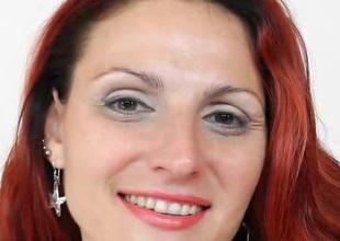 Nonconforming European redhead MILF masturbating whilst wearing pantyhose