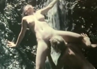 Hot dame Desiree Cousteau can't accept without outdoor sex take than anything underneath
