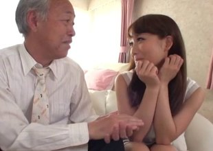 Old Japanese chap buries his jock in her teen pussy