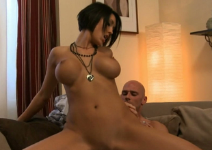 Dark brown bombshell Dylan Ryder gets drilled well overwrought Johnny Nitro