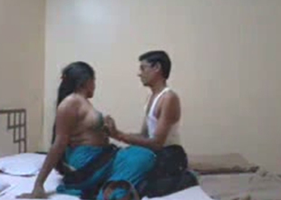 Peckish desi eats out wet pussy be required of kinky Indian whore