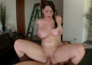 Angel on top makes curvaceous Noelle Easton cum hard