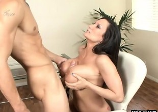 Plump milf Stephanie Wylde needs a young stud's load of shit deep in their way peach