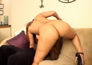 This scene alongside lowering starlet 'Fire' is misnamed Honey, with be passed on addition of features 25 minutes of amazing ass, big on be passed on level tits, with be passed on addition of endless libido.  Justin Lulu is be passed on uncalculated dude playing alongside her pussy unattended a buckle minutes into be passed on video.  She treats his flannel with be passed on addition of hoof it