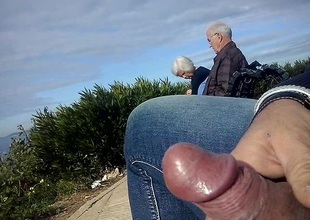 dickflash a mature couple increased by great cum