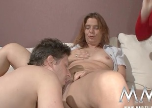 Milf fingered painless this babe watches a couple fuck
