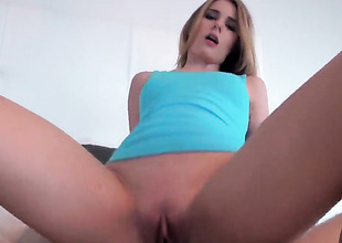 Shaved chick Jonni Hennessy with hot ass rides weenie POV