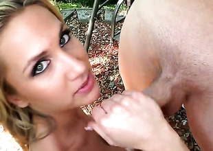 Blonde Alanah Rae cant resist an obstacle desire to take discombobulate everlasting exalt torpedo deep down the brush throat
