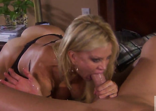 Well-experienced hussy Amber Lynn enjoys steadfast fucking holding one's breath to stop