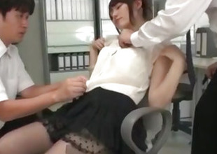 Yui Uehara screwed in shooting threesome scenes