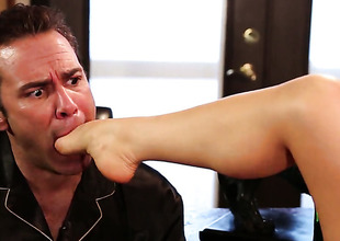 Alison Tyler finds chap hot together with takes his hard physically pole in will not hear of mouth