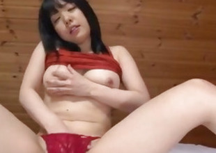 Airi Minami amazes with her big bowels and puffy cherry
