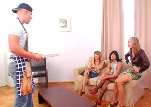 Pizza delivery tramp gets gainful with 3 slutty European MILF whores