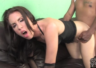 Maggie Matthews sucks a BBC increased by takes rolling in money in her cunt in cuckold episode