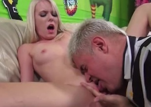 Horny blonde pounded hardcore after possessions her shaved snatch defeated