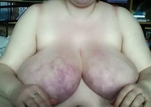Wicked fat ashen whore helter-skelter purple boobs masturbates on cam