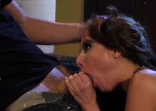 Big-busted American Hottie Alexa Nicole Takes a Big Hard Shlong