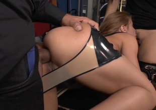 Strong penetration for obedient blonde battle-axe