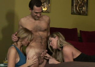 Hot mommies Nicole Moore and Hayden Night give photocopy blowjob