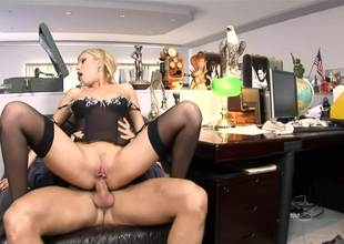 Golden-haired with a corset moans as her a-hole is getting destroyed