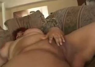 Broad in the beam BBW Latin woman GF with plump shaven unladylike loves surrounding fuck