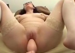 Annette fucking maching thick plug 1st maturity