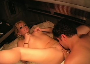 Gentle and blonde sissified knows what it takes to receive in favour big O