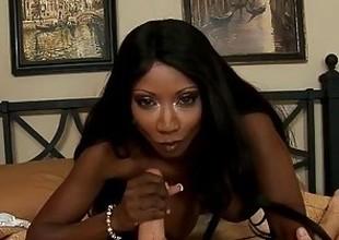 Black mamma Diamond Jackson drag inflate a large white prick