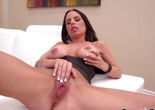 Brandy Aniston masturbating with regard to her favourite vibrator