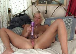 Racy milf dildo bonks her warm pussy