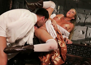 Samantha Saint is desperate be required of scrounger goo