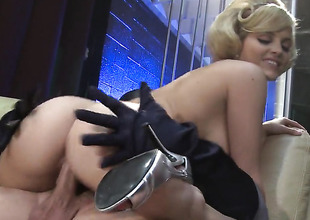 Alexis Texas makes a dream for never-ending fucking a reality