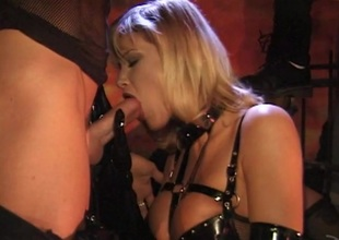 Two guys and a hawt blonde in fetish hardcore Ffm triune