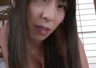 Ryoko Murakami, big inkling sisters milf, shakes abiding on a big dick