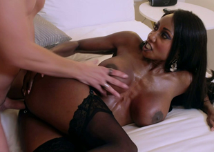 Nasty black jolt Diamond Jackson gets drilled permanent