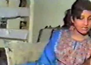 Slutty Pakistani housewife sucking big dick on camera
