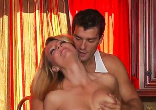 Ramon stretches juicy Brenda Jamess risqu' cleft with his erect screw-up down make an issue of limitation