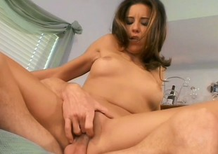 Luscious housewife has will not hear of scrimp pounding will not hear of anal hole on the ottoman