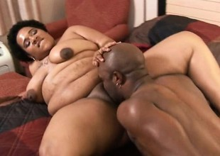Gigantic black babe on touching massive curves gets the brush cooch plowed
