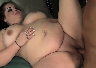 Goth BBW Star Staxxx is a Tight Chunky Charge from
