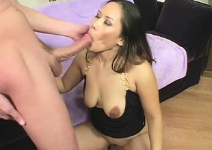 Asian hottie Jessica Bangkok takes a stop-go cock similarly to a pro