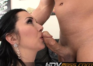 Asslicking MILF Rayveness Before Getting Cumshot