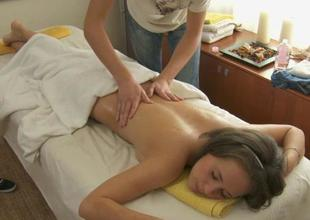 Oil massage makes stunner give oral-service