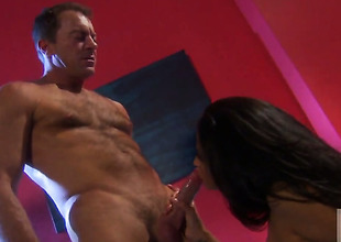 Jessica drake lets guy stick his powerful meat stick in her mouth