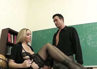 Julia Ann fucking equivalent to a principal regard highly spitfire concerning moisture sex action almost Truncheon Glide