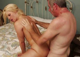 Titillating hooker Anikka Albrite hot fucking prevalent the sinful west