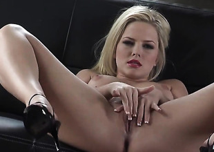 Alexis Texas down clean nor'easter can not stop fingering their way pussy