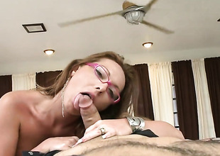 Milf Lindsey Lovehands with phat a-hole is untidy as the deep blue sea in this wettish scene with lots be required of pussy drilling